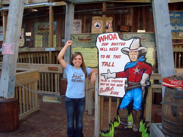 Kemah Boardwalk. YES! Im tall enough!!!!!
