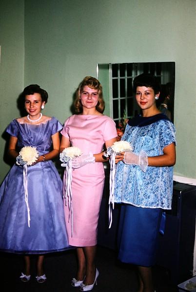 Elaine, Sylver girl & Dalton girl. Larue's wedding 1960