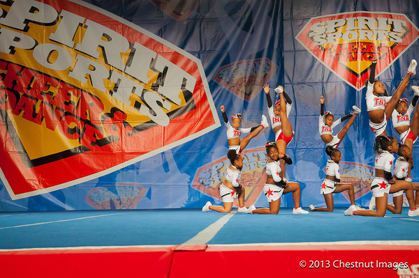 Kenya and fellow TNA Magnificent Minis get a leg up on winning the National Championship at Myrtle Beach, SC competition