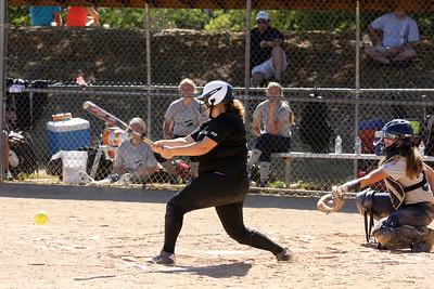 15 09 27 Tremors 16U Softball-29