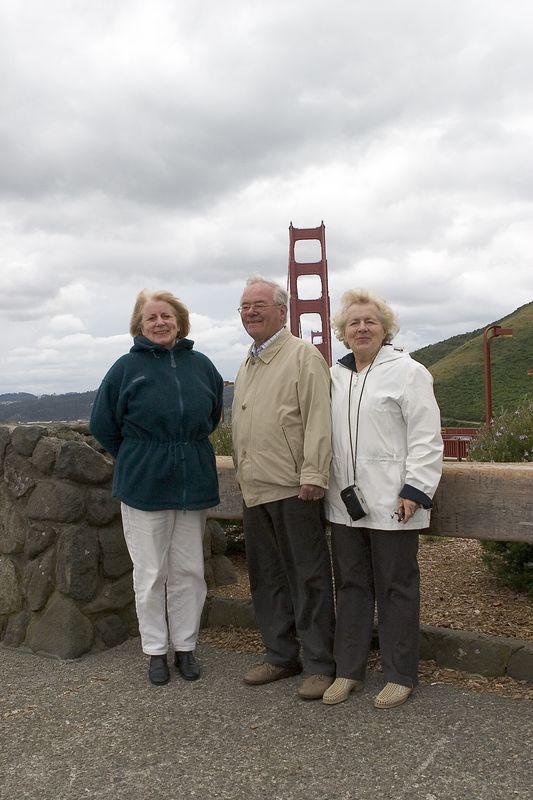 Group At GG Bridge1
