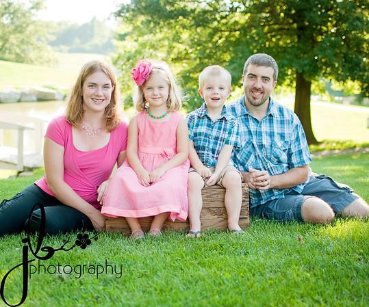 Knight Family Aug