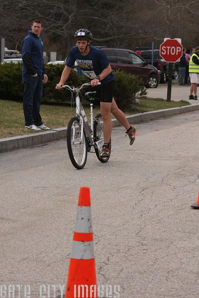 IMG4_37048 CJ bike UNE Sprint Triathlon