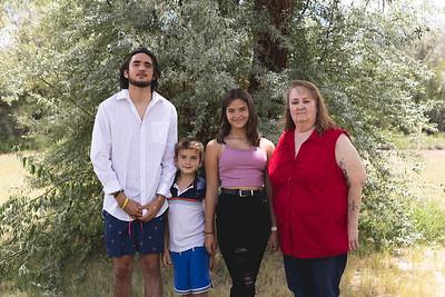 Kuene Family 2021-12