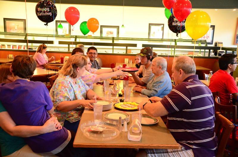2011-05-12Boys-birthday 040 (11)
