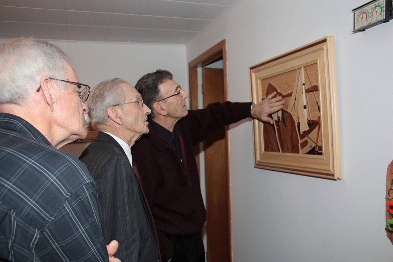 BROTHER CYPRIEN, DAD AND JEAN-GUY LOOKING AT DAD'S WOODWORK - MARQUETERIE