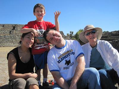 La Familia Dec 2011