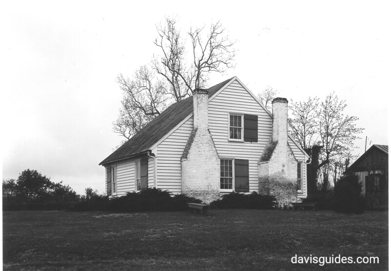 Jackson shrine near Guinea, Virginia. This house is believed to be where Stonewall Jackson died. Fredericksburg and Spotsylvania County Battlefields Memorial National Military Park, 1934.