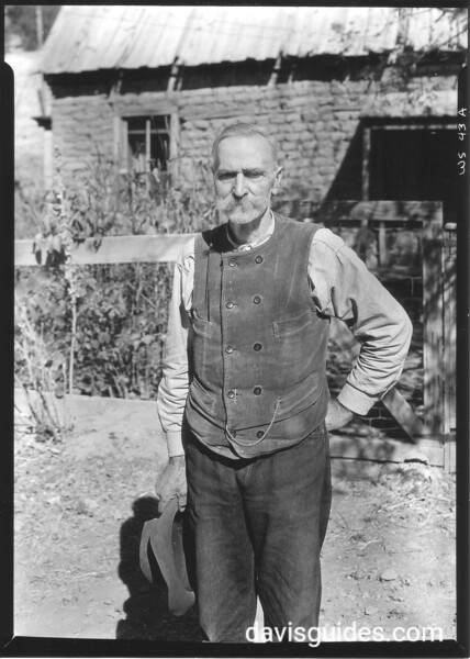 Judge Almer N. Blazer, son of Dr. Blazer of Blazer's Mill. At age 14, he witnessed the Blazer's Mill fight (part of the Lincoln County War) in 1878 that involved Billy the Kid. White Sands National Monument, 1934.