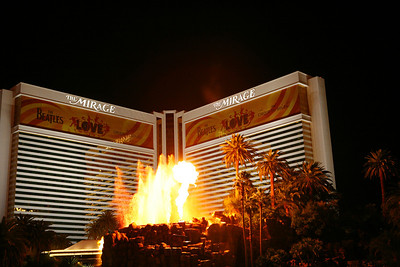 The Mirage Hotel & volcano, Las Vegas, NV