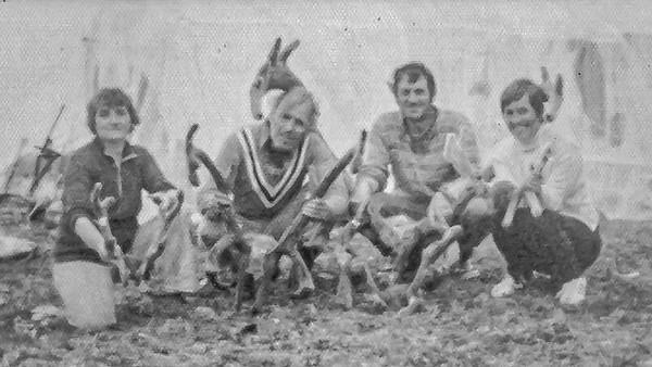Chasse au Cariboo; Carmelle et Raoul Lefebvre, Marie-Louis et Fleur-Ange Lariviere