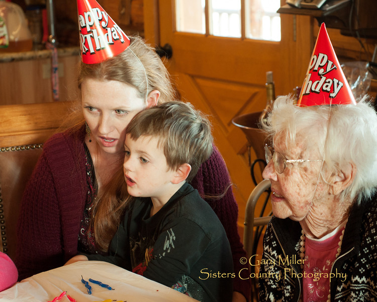 The gathering of the clan - Leona Albert's 88th Birthday Celebration