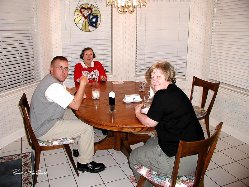 2000 Logan, Elizabeth, Carol