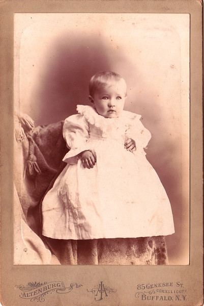 Bertha Scheible (Wambach) born December 28, 1897, died May 29 1930 (at age 32). Grandma's cousin -> (Ida Krieger (Scheible)'s oldest daughter).