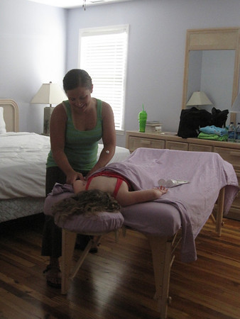 Lila in Massage