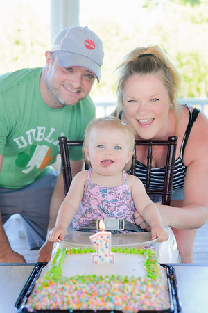 Lila is one!