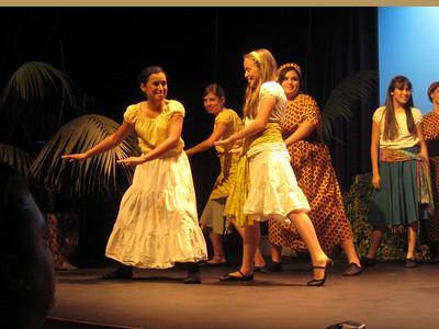 Lily Play May 2007 3