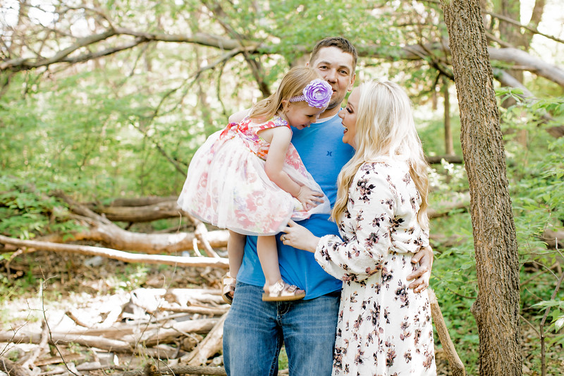 00021--©ADHPhotography2018--Lindstedt--Family--2018May16
