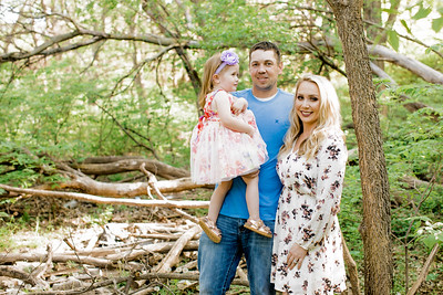 00019--©ADHPhotography2018--Lindstedt--Family--2018May16