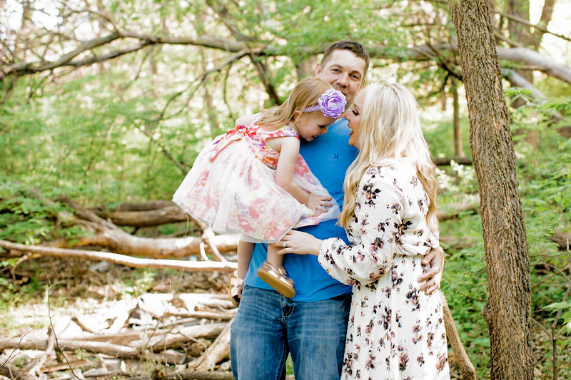 00023--©ADHPhotography2018--Lindstedt--Family--2018May16