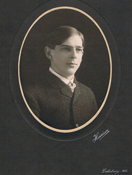 Clifton Wykoff, died at 21