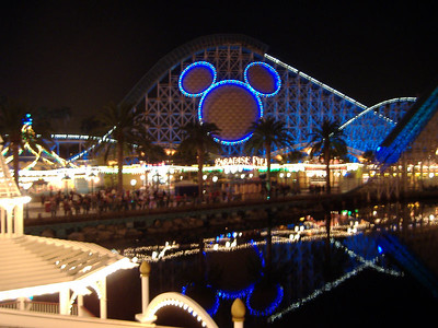 She also got a couple of nice shots of the Paradise Pier area.