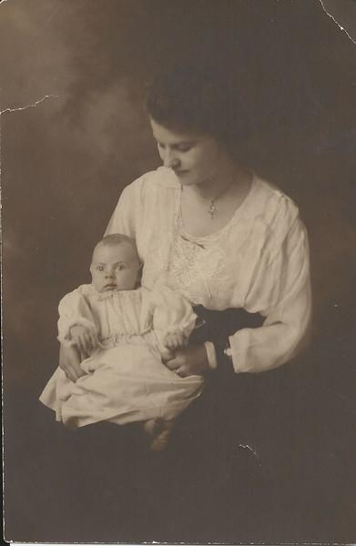 lloyd c and Mae april 1895