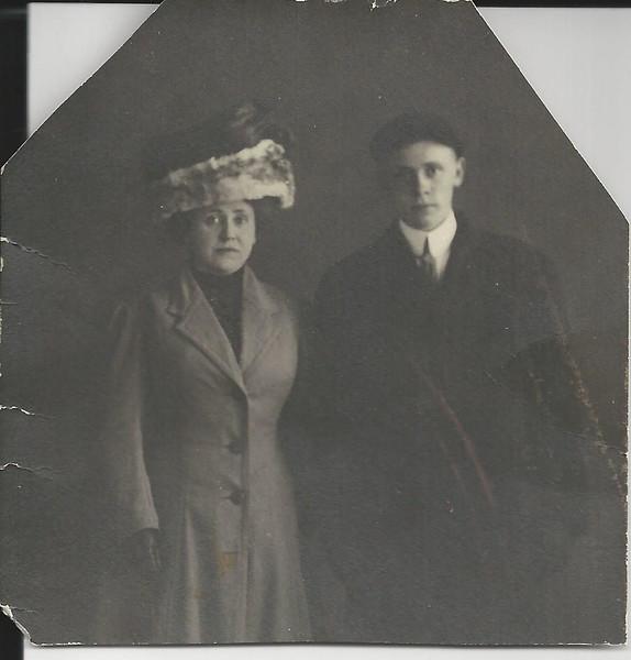 lloyd c and mae