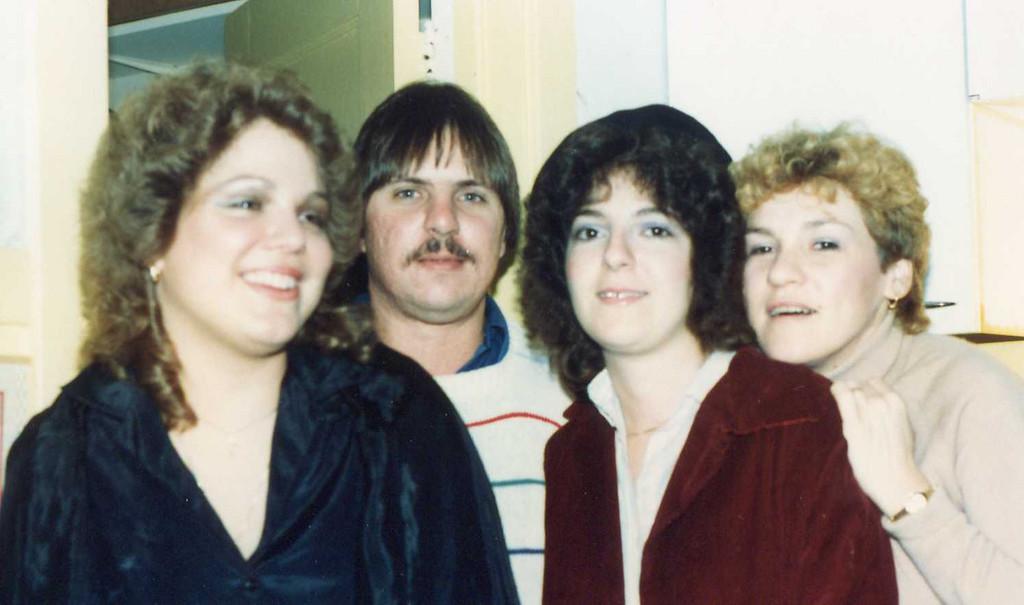 1982-902