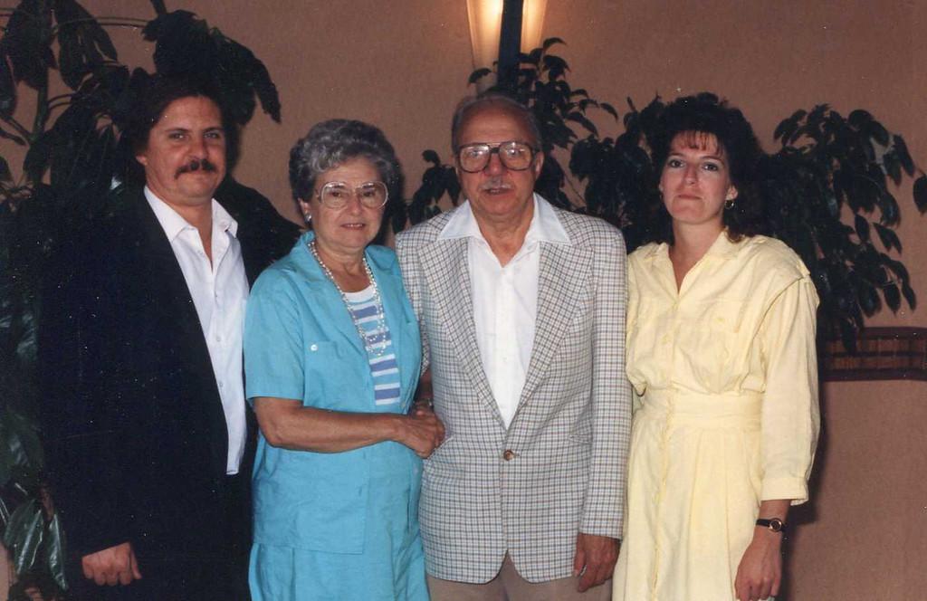 1987-903