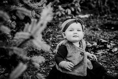 00018--©ADHphotography2018--Loomis--Family--November29