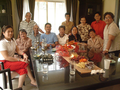 Lopez Family-Philippines (Jan 2006)