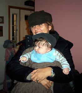 Thanksgiving 08 - Leda & Luca in hats_3783
