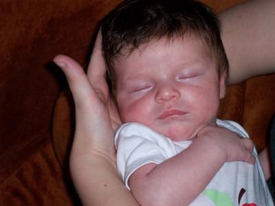 Luca sleeping 1 Sep 08
