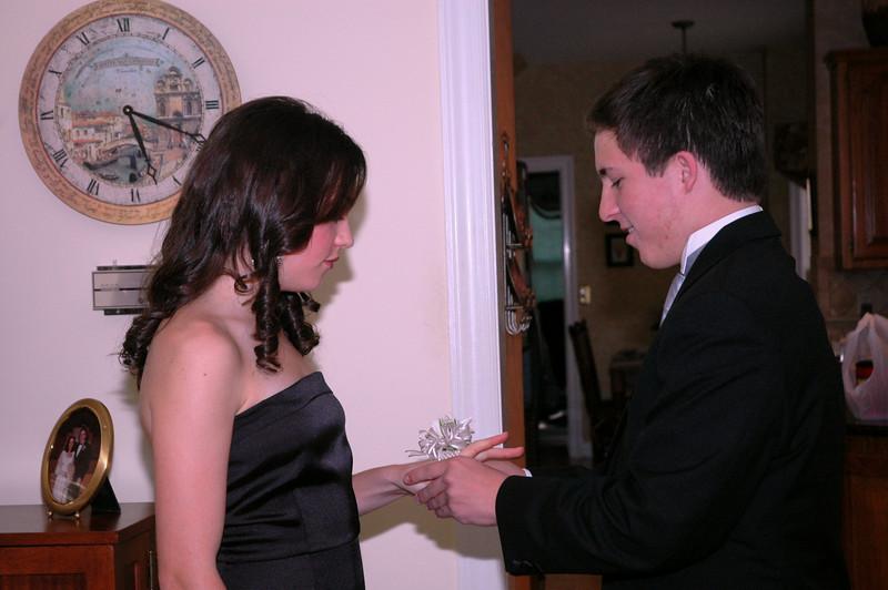 Luke & Abby Prom 2009_01