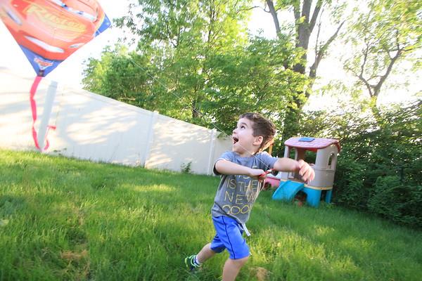 Luke Flies a Kite