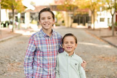 Lyons Family 2018-14