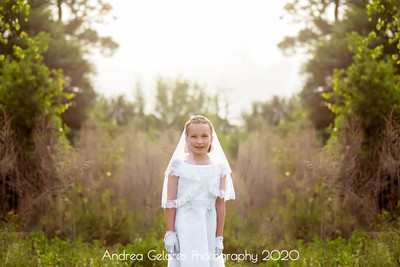 Madeline_First_Communion_2016_07