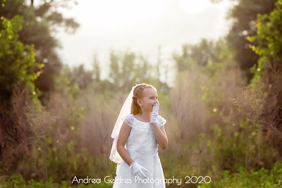 Madeline_First_Communion_2016_08