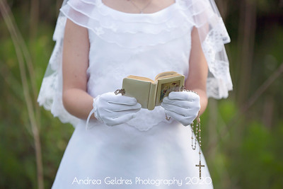 Madeline_First_Communion_2016_03
