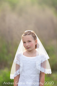 Madeline_First_Communion_2016_04