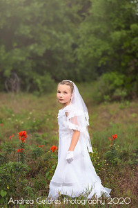 Madeline_First_Communion_2016_10