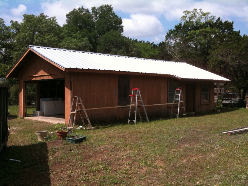 NEW STEEL ROOF AND GUTTERS ON GARAGE. WIMBERLEY, TX 2010