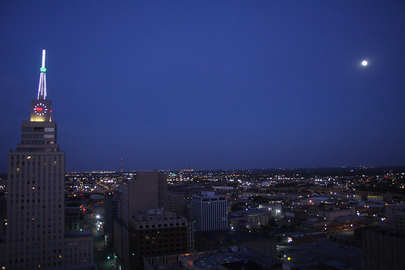 IMG4_29447 Dallas hotel window view DPP