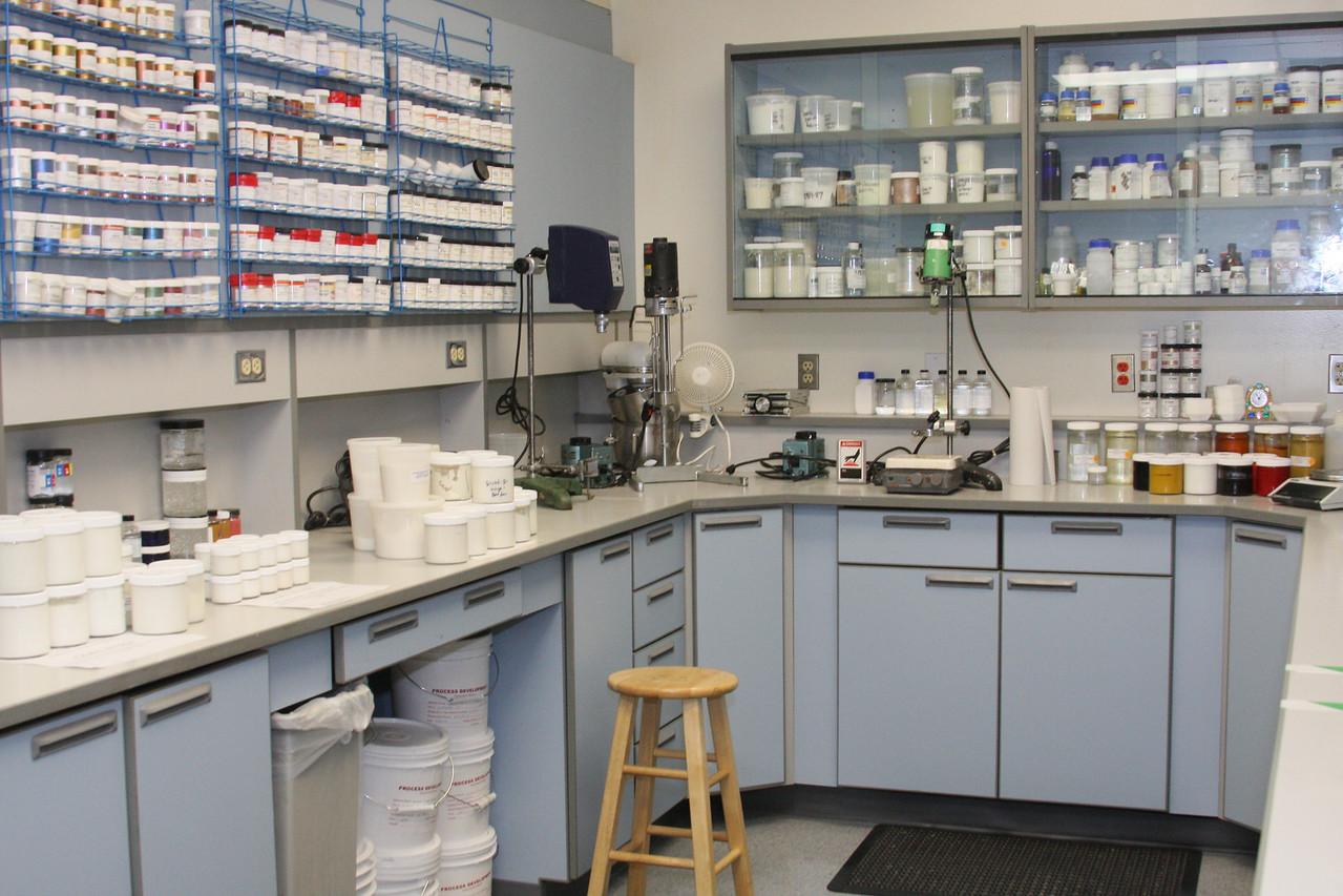 IMG4_29521 MK R D lab