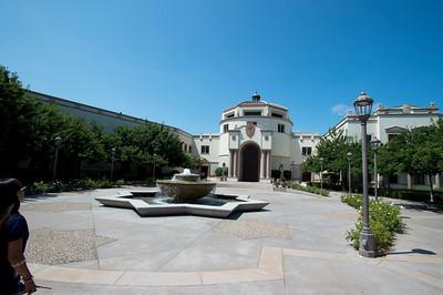 Maggie_Cal_Coll_tour-San Diego-6942-72 DPI