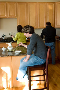 Uncle and Aunty busy at breakfast while Jeff snacks away.  The breakfast was awesome.  And then we got kebab sandwiches for the road.  They were just fantastic.  Aunty now uses ground turkey, and I must say, those were better than the beef ones.