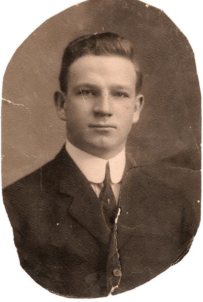 Ralph Winfred Bierer