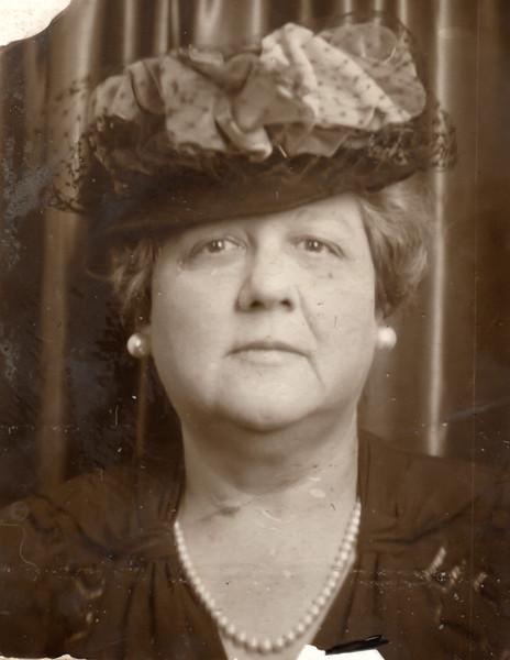 Elizabeth Sherwood Beach Bierer
