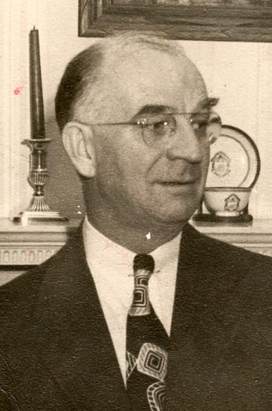 Ralph W Bierer head shot